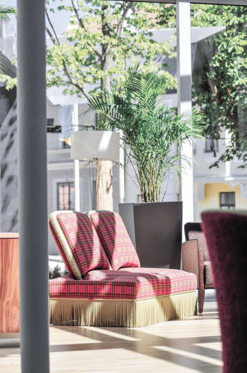 Loungebereich beim Eingang